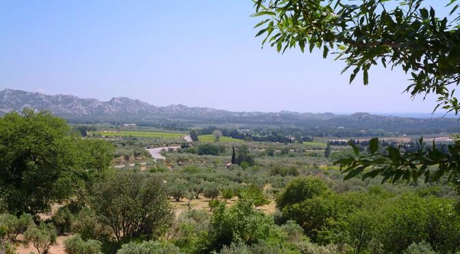 Les Alpilles: Les Baux de Provence; St Remy de Provence