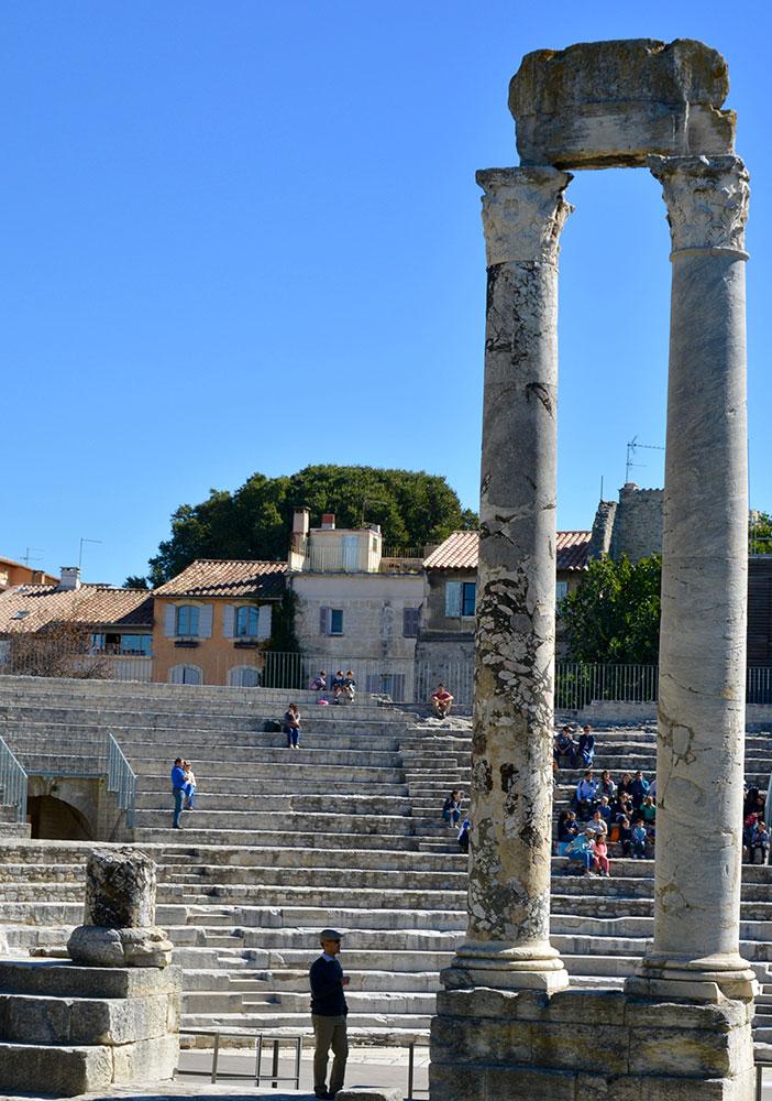 arles teatro romano