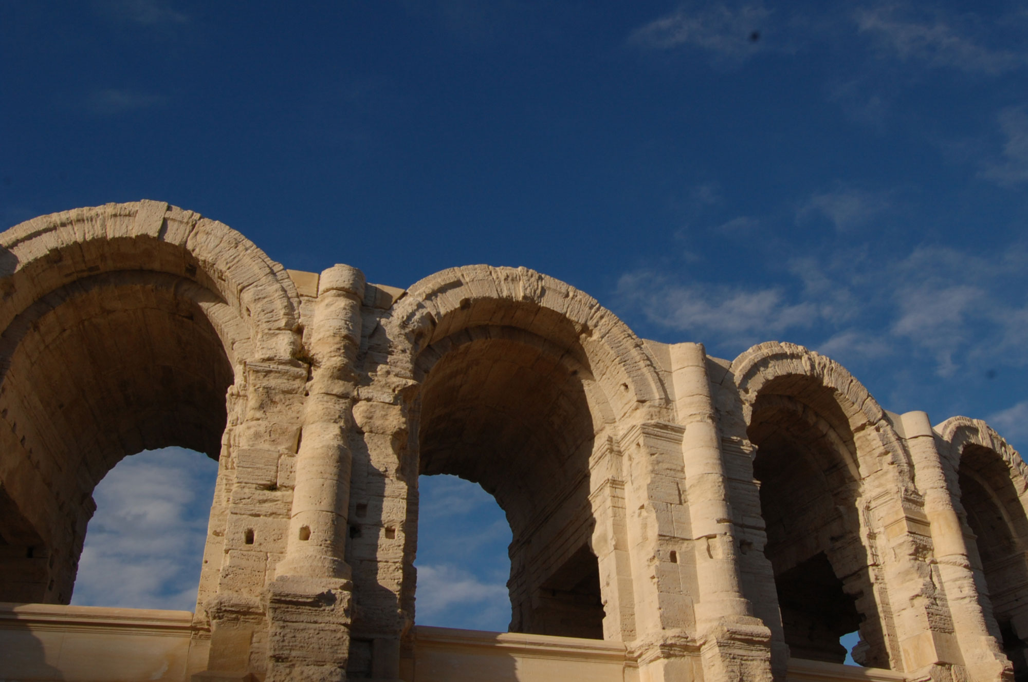 tours-provence-arles-arenes